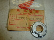 NOS! HONDA 23512-VA4-003 REAR WHEEL RATCHET HOLDER, for HR216 SXA