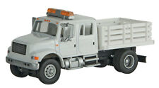 11894 Walthers SceneMaster International 4900 Open Stake Bed Utility MOW Truck