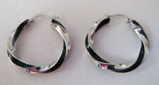 "LIA SOPHIA ""TWIST & SHOUT"" HOOP PIERCED EARRINGS SILVERTONE AND BLACK NEW RV$32"