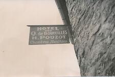 MILLY LA FORÊT c. 1935 - Hôtel des Q de Bouteilles  -  P 1010