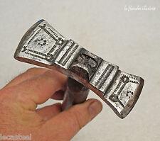antique marteau de faucheur 18ème - fer forgé décoré - outil ancien
