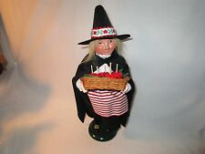 Byers Choice Spooktacular 2014 Halloween Witch with Candied Apples