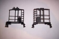 LIONEL PARTS, 6417 PAIR OF PORTHOLE CABOOSE ENDS WITH BRAKEWHEELS