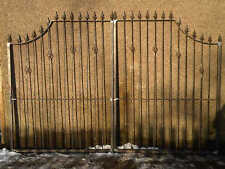 BRAND NEW DRIVEWAY GATES MADE TO ANY SIZE (ITEM 25)