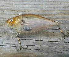 Shallow Running Rattle Trap Lipless Crankbait