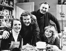 Penelope Keith & Richard Briers 10 x 8 UNSIGNED photo - P1143 - The Good Life