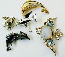 LOT OF 5 GOLD & SILVER TONE METAL JELLY FISH DOLPHIN PIN BROOCH SET