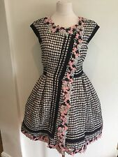Autentic Chanel Couture Tweed Dress FR36