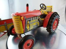 Traktor mit Anhänger Blechspielzeug Mechanisch Aufzug