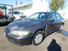 Honda: Accord 4dr Sdn LX A
