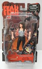 Mezco Cinema of Fear Ser 4 Nightmare on Elm Street Debbie Stevens Action Figure