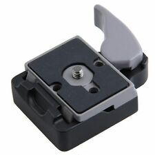 Camera 323 Quick Release Adapter with Manfrotto 200PL-14 Compat Plate Black