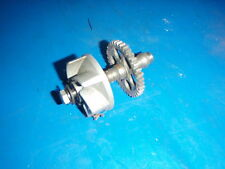 SUZUKI RM 125 WATER PUMP SHAFT AND IMPELLER GOOD USED CONDITION 1983 MODEL