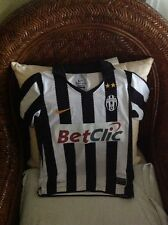Nike juventus Italy calcio Serie A soccer jersey size S (8) Youth