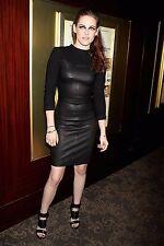 Kristen Stewart Unsigned 8x12 Photo (80)