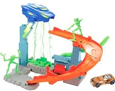 Hot Wheels Bundle - Turbo Abduction™ Piste Alien + Triple Blast Alley -NEU