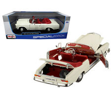 Maisto 1/18 Scale 1967 Mercedes Benz 280SE White Diecast Car Model 31811