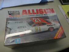 MPC KIT NASCAR DONNIE ALLISON MERCURY  OVER 40 YEARS OLD SEALED