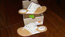 NEW $54 Womens B.O.C. Born Caree Flats, size 9 sandals shoes  white