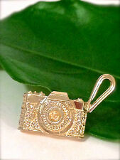 New 14k  Solid Yellow Gold 3-D Camera Pendant Charm 3.8 gr.