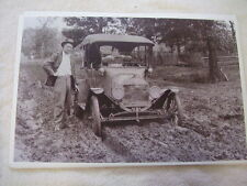 MODEL T FORD IN THE MUD NO PAVED ROADS BACK THEN !!   11 X 17  PHOTO  PICTURE
