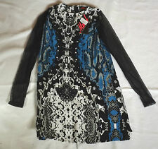 BNWT XS MOTEL BLACK BLUE GREY WHITE NEON SCALE PRINT SHIFT DRESS MESH SLEEVES