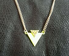 Neon yellow and pink diamonte and gold toned necklace (neck 152)