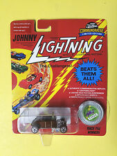 1/64 JOHNNY LIGHTNING-1932 ROADSTER - LIMITED (#02068) SERIES (B) Silver coin