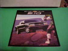2002 CHEVY TRUCK S10 AUTO DEALER BROCHURE EXCELLENT