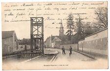 CPA 77 - GUIGNES RABUTIN (Seine et Marne) - Rue du Gué (petite animation)