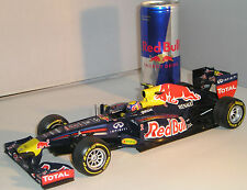110 120072 Minichamps 1:18 RedBull Racing F1 #2 Renault RB8 Formula One Car 2012