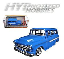 JADA 1:24 CHEVY 1957 SUBURBAN WITH EXTRA WHEELS DIE-CAST BLUE 97190