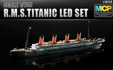 [ACADEMY] 1/700 RMS TITANIC LED SET #14220 Plastic Model Kit