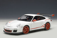 AUTOART 1/18 2010 PORSCHE 911 997 GT3 RS 3.8 CARRERA WHITE RED STRIPE 78143