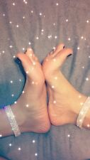 20 Pictures of My Feet