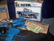 Model Kit Chevy Off-Road Pick-up with Arctic Cat Snowmobile