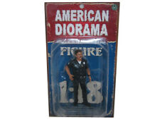 POLICE OFFICER HARRY FIGURE 1:18 SCALE DIECAST MODEL CARS AMERICAN DIORAMA 23840