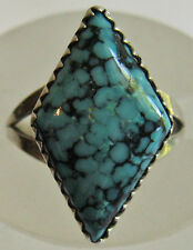 VINTAGE STERLING SILVER DIAMOND SHAPE SPIDERWEB TURQUOISE RING