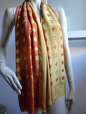 "FOULARD ECHARPE ""LOUIS VUITTON"" ACETATE ET SOIE ORANGE JAUNE"