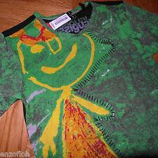 desigual T-Shirt Gr. S NEU mit Etikett helleres grün mit Männchen