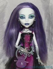 2011 MONSTER HIGH First Wave SPECTRA VONDERGEIST Deboxed Doll w/Pet Rhuen Diary