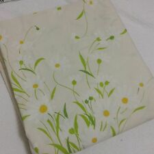 Vintage White Daisy Queen Size Flat Sheet 88x100