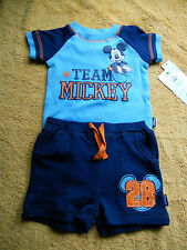 Baby Toddler Boys 2 Pc Disney Mickey Mouse Shirt & Shorts Size 0-3 Months
