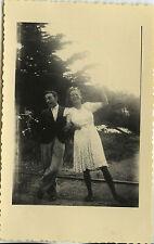 PHOTO ANCIENNE - VINTAGE SNAPSHOT - COUPLE HEUREUX JOIE GRIMACE DRÔLE - FUNNY