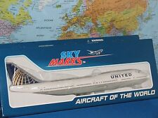1/200 SKYMARKS UNITED AIRLINES BOEING B747-400 W/GEAR AIRCRAFT MODEL *BRAND NEW*