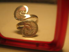 Vintage/antique  Sterling Silver ornate ring  letter S