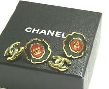 AUTHENTIC CHANEL CAMELLIA GOLD PLATED GRIPOIX POURED GLASS STUD POSTED EARRINGS