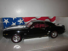 ERTL AMERICAN MUSCLE 1:18 SCALE 1969 CHEVROLET Z/28 CAMARO BLACK/RED RARE!
