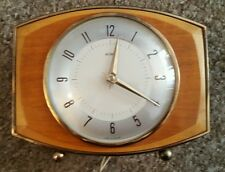 Vintage 1950's Metamec Bakerlite Mantel Clock - New Wire/Plug fitted - Working