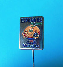 FIFA FOOTBALL SOCCER WORLD CUP SPAIN 1982. - NARANJITO MASCOT vintage pin badge